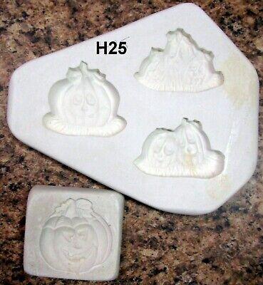Donas #D36 & Unbranded #40 Halloween Appliques Ceramic Mold (H25)](Halloween Ceramic Molds)