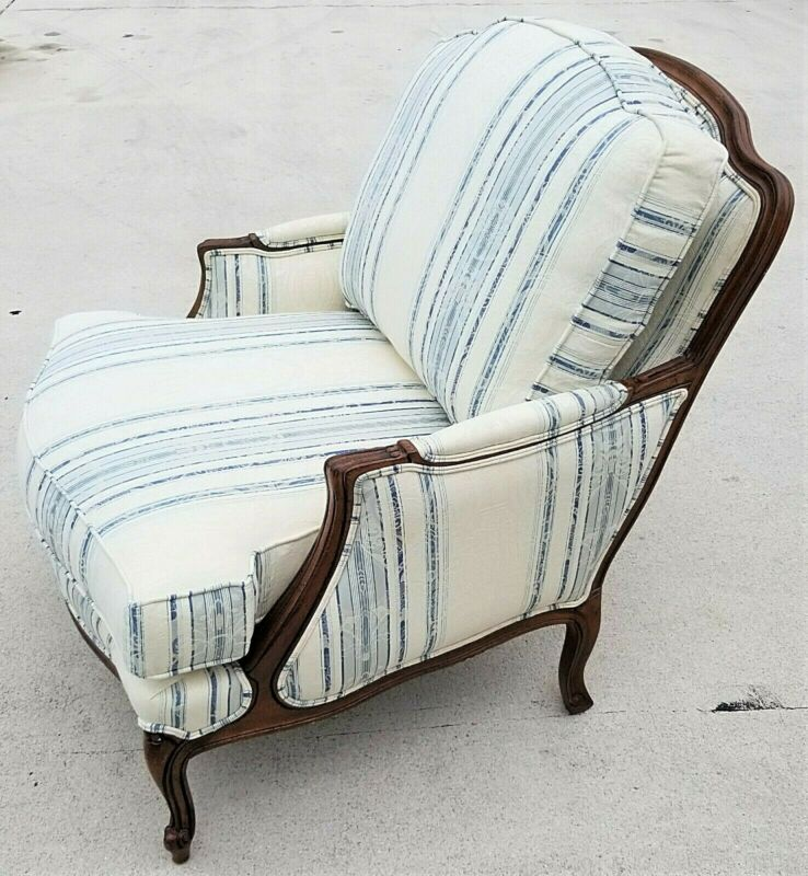 Exceptional ETHAN ALLEN VERSAILLES Bergere French Louis XV Style Armchair