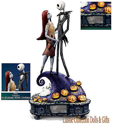 "TIM BURTON'S -""NIGHTMARE BEFORE CHRISTMAS""-DISNEY MUSIC BOX-NEW-IN STOCK NOW!"