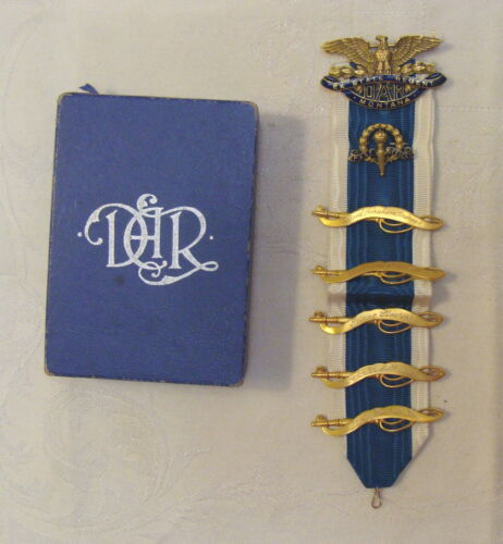 Vintage DAR 14K Gold Regent Pin, Ancestor Bars on Ribbon, Original Box, 24g