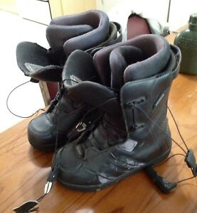 Snowboard boots great shape size 9