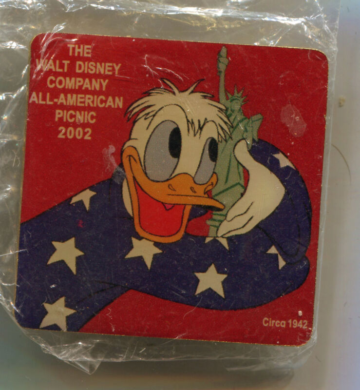 Cast Member All American Picnic 2002 Pin Donald Disneyland LE 2500