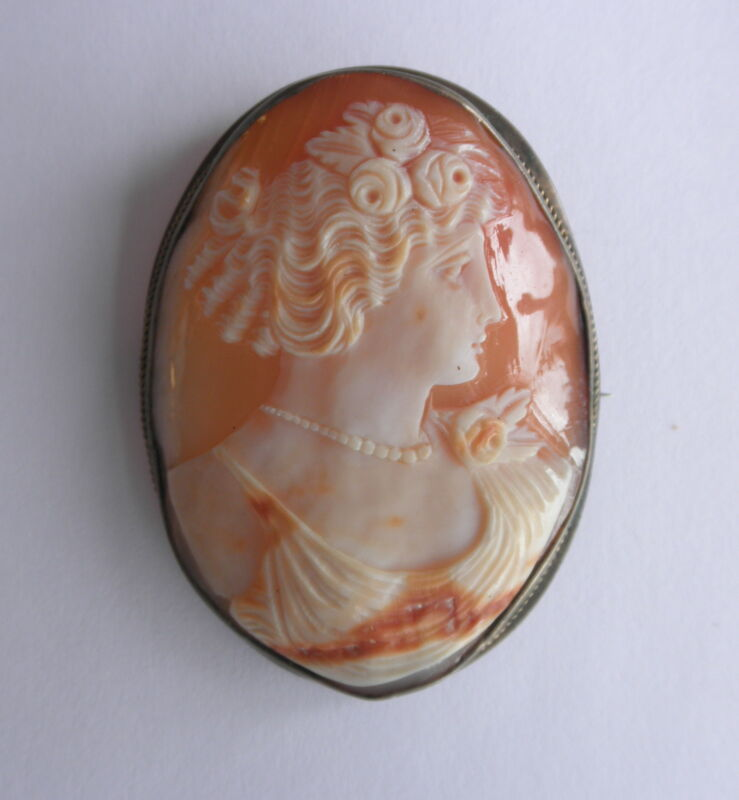 Antique Shell Carved CAMEO Brooch in GF Frame~~Curlylocks