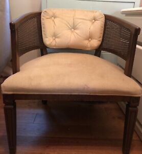 Good used condition vintage chair