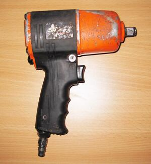 """SP AIR TOOL RATTLE GUN SP-9145 ½"""" IMPACT WRENCH 1100N #628140 Ipswich Ipswich City Preview"""
