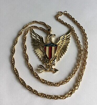 Vintage American Eagle Enamel Flag Pendant With Chain Gold Tone A89 (Gold Enameled Flag Pendant)