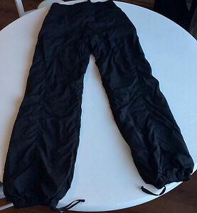 Ladies Lululemon Studio Dance Pants Size 4 Regular Unlined Cambridge Kitchener Area image 3