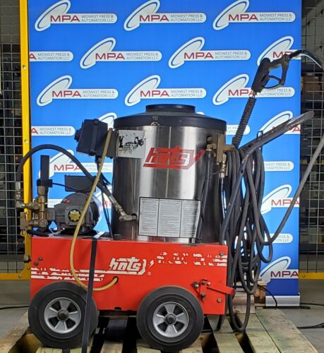 Hotsy HC205AR/L Pressure Washer 1500 PSI / 560SS / 5-1072 *USED*