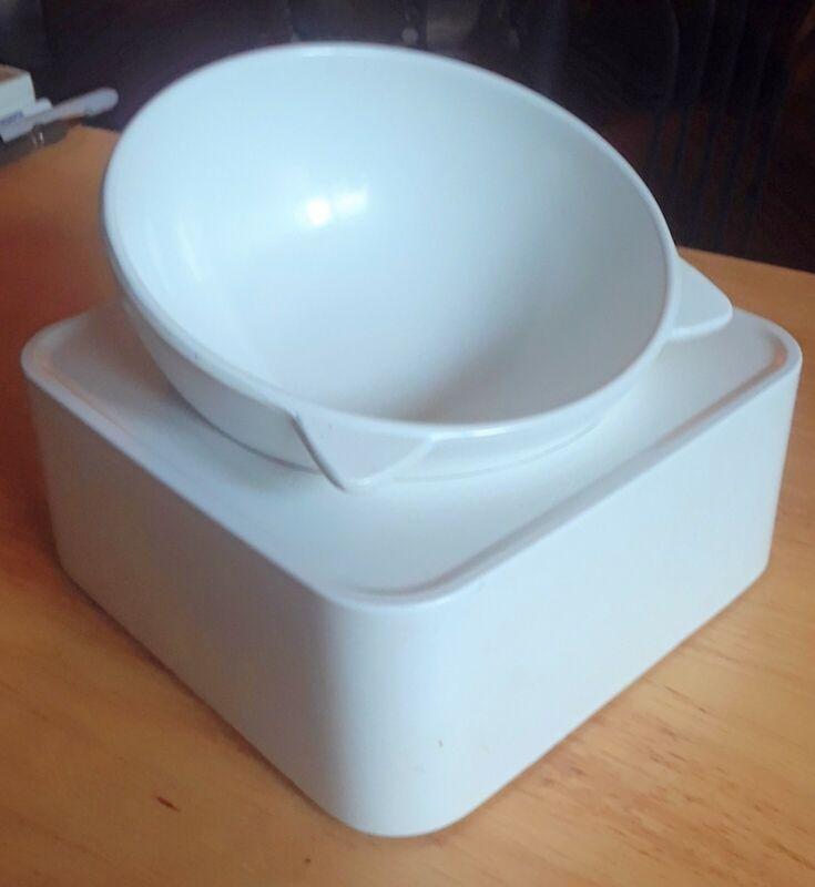 Pet Ceramic CAT bowl   Pre-Owned Condition
