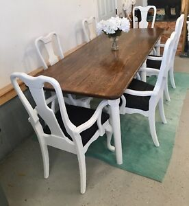 Beautiful Solid Oak Wood Harvest Dining Table 6 Captain Chairs