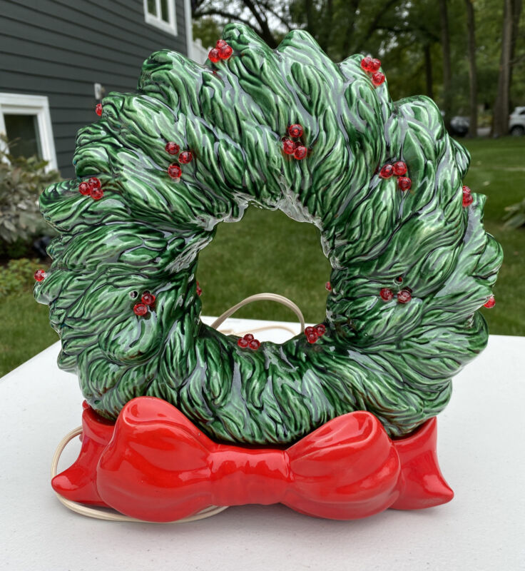 Vintage 1940/50s Ceramic Light Up Christmas Wreath Green Red (works)