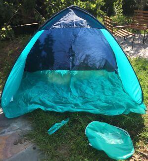 Pop up sun tent / camping tent