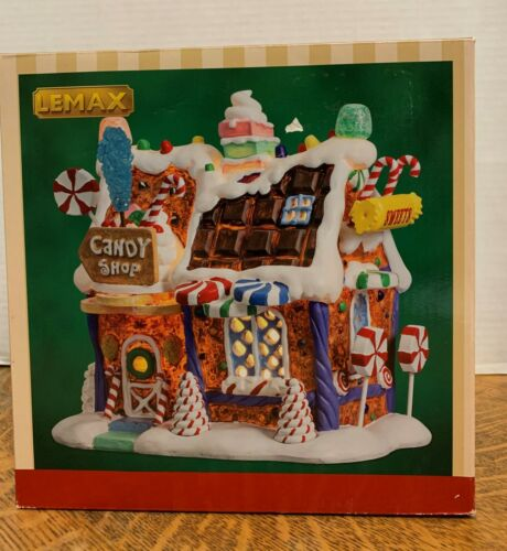 LEMAX The Candy Shop#75181Polyresin Lighted Building