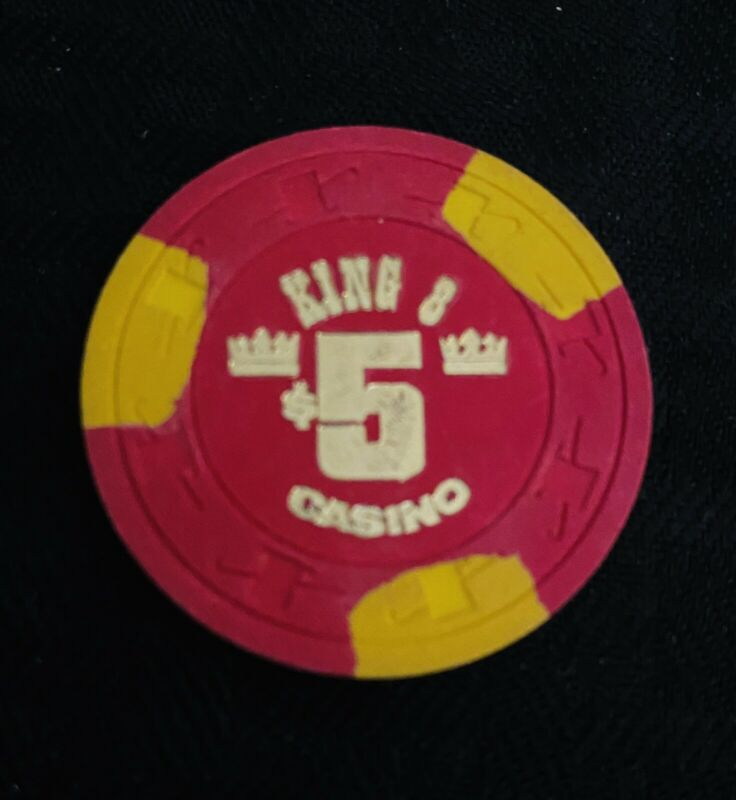 KING 8 CASINO $5 CHIP, 1st. ISSUE,  UNCIRCULATED, LAS VEGAS, NEVADA