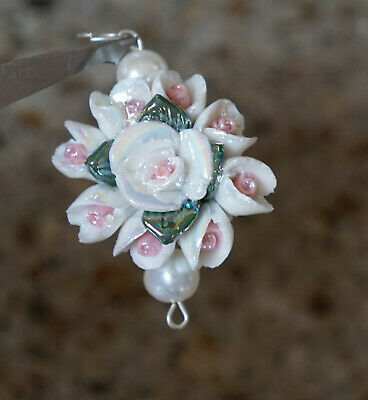 Vintage Women's Necklace Pendant - Beautiful Porcelain Pink White Flowers Roses -