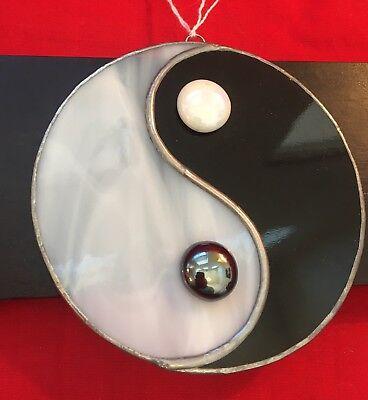 "Vivid Glass Yin Yang Christmas Ornament with decorative hanger (4.5"" diameter)"