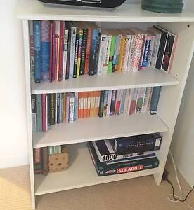 GREAT CONDITION WHITE BOOKCASE Manly Manly Area Preview