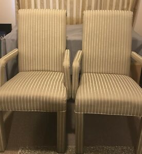 2 Occasional chairs