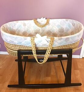 Jolly Jumper Baby Moses/ Bassinet/Cradle Like New!