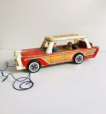Fisher Price #234 Nifty Station Wagon Wooden Pull Toy Complete W/Black Dog