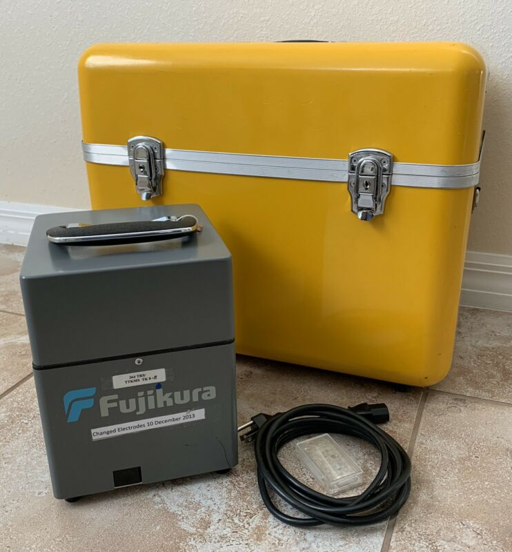 Fujikura  FSM-40S  Arc Fusion Splicer
