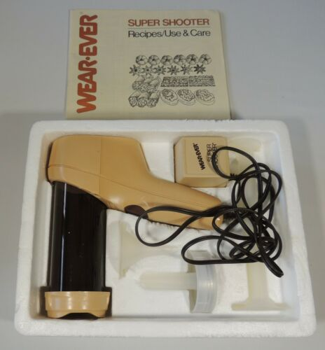Vintage Wear-Ever Super Shooter 70123 The Electric Food Gun Cookie Press EUC