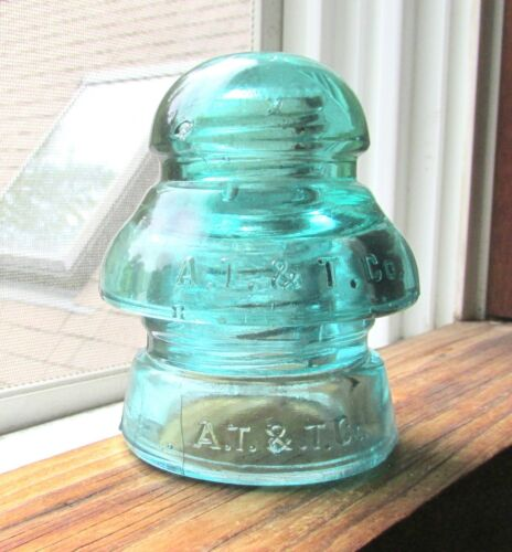 NICE AQUA CD 190/191 AT&T TWO PIECE TRANSPOSITION STYLE GLASS INSULATOR
