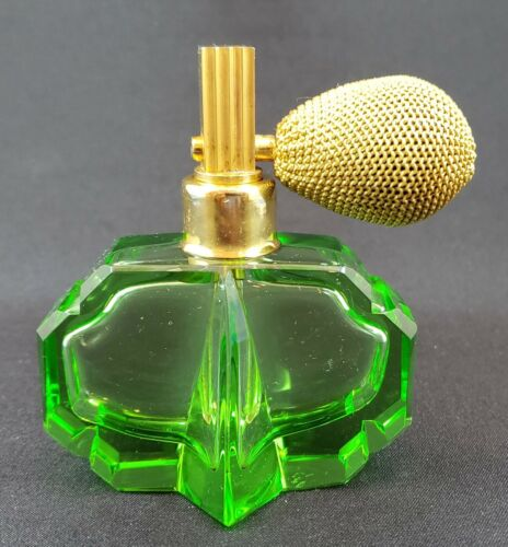 DeVilbiss Perfume Atomizer - Czech Green Hand-faceted and polished bottle