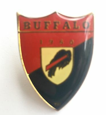 Buffalo Bills Coat of Arms Shield Pin Vintage 1993 NFL Licensed Item