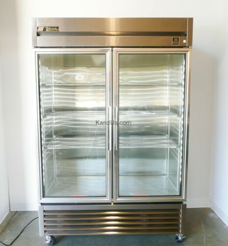 True Manufacturing TS-49G-LD Double Glass Door Deli Style Refrigerator (#40502)