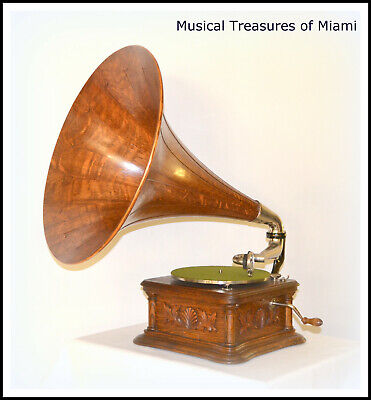 """HMV VICTOR MONARCH """"COCKLESHELL""""  PHONOGRAPH WITH WOOD HORN - WE SHIP WORLDWIDE"""