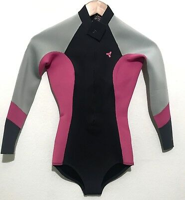 Xcel Womens Spring Wetsuit Size 2 Front Zip Bikini 2mm - Retail  105 5208fab96