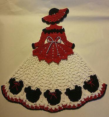 Crochet Crinoline Lady Doily - Mouse