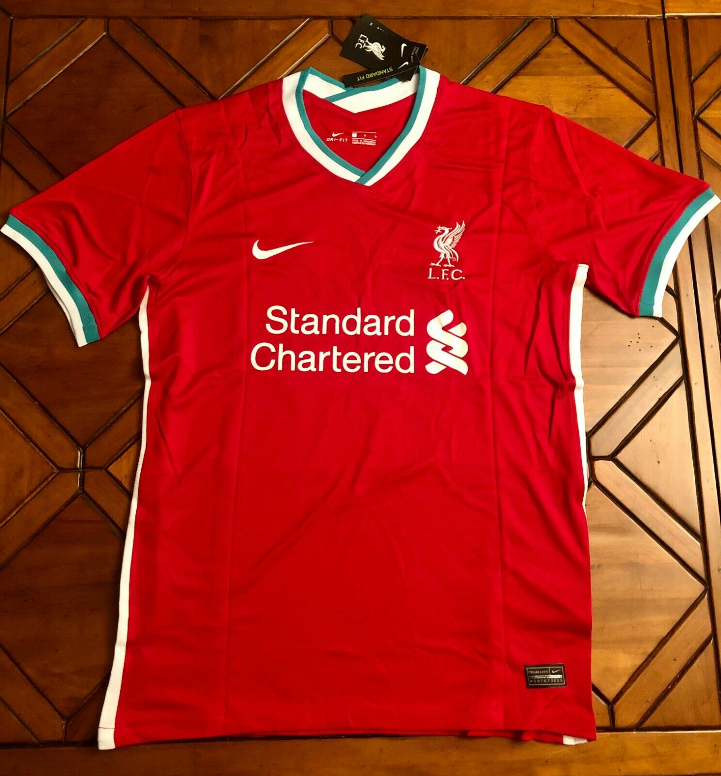 Liverpool F.C. Home Soccer Jersey 2021 Kit No Name Replica -