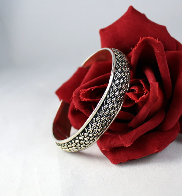 Sterling Silver 28g Clasic Design Cuff Bracelet  CAT RESCUE