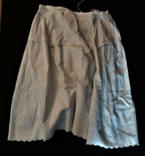 Petticoat Antique Cotton Embroidery Anglaise 1900