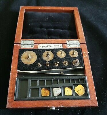 Antique / Vintage Apothecary / Jewellers Weights. Cased.