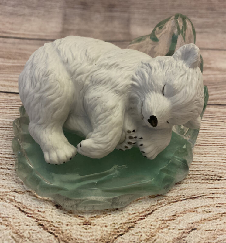 Hamilton Collection Polar Bear Figurine Friends Of Arctic Snoozing Prince 1996