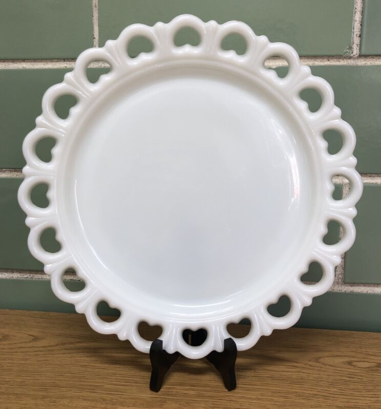 """Vintage Anchor Hocking White Lace Milk Glass Old Colony 13"""" Cake Serving Plate"""