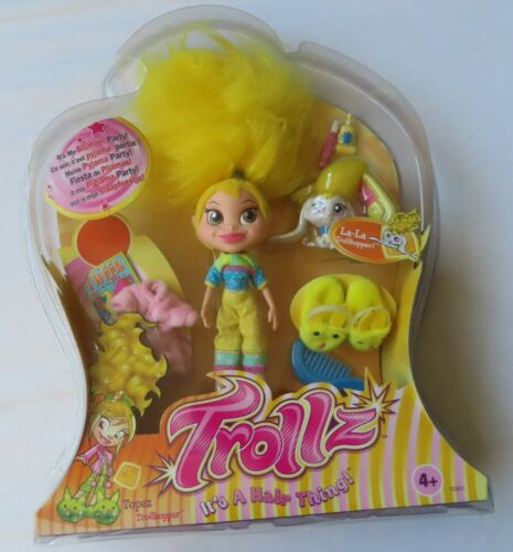Trollz Doll -  Topaz Doll with La-La Trollhopper - Slumber Party Troll