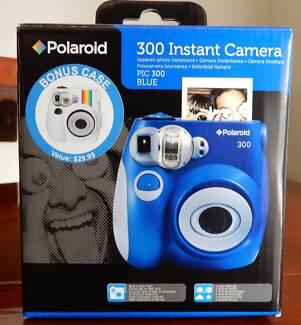 CAMERA Polaroid 300 Instant