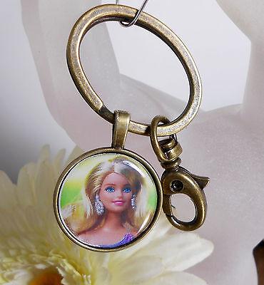 Schlüsselanhänger Taschenbaumler Barbie Style Puppe Ring oval + Karabiner