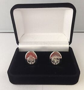 ROYAL-TANK-REGIMENT-CREST-CUFFLINKS-BRAND-NEW-IN-VELVET-BOX