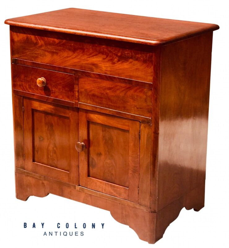 19TH C ANTIQUE AMERICAN EMPIRE MAHOGANY LIFT TOP COMMODE / WASH STAND
