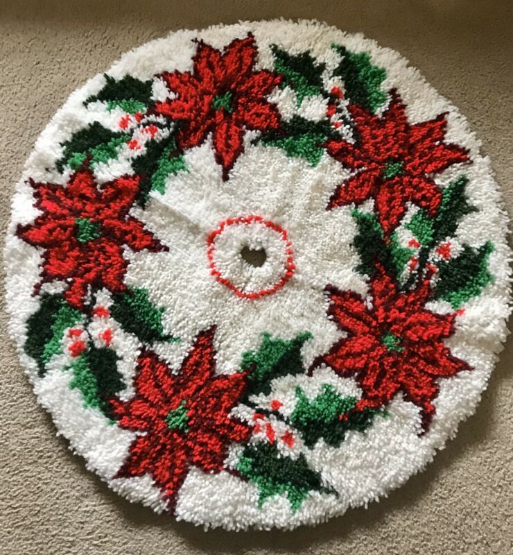 Vintage Latch Hook Rug/Christmas Tree Skirt/Poinsettia & Holly/35-Inch/Handmade