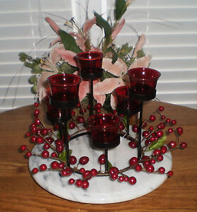 ONE-1-IRON-TEALIGHT-HOLDER-WITH-6-RED-GLASS-TEALIGHT-HOLDERS-BERRY-ACCENTS