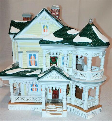 """Department 56 """"Carpenter Gothic Bed & Breakfast"""" #55043 RETIRED Snow Village"""