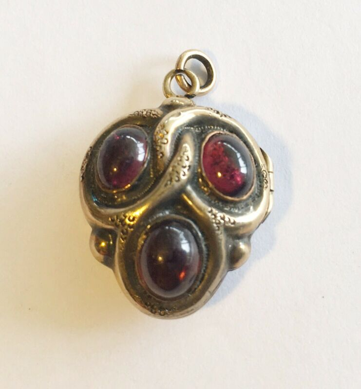 Antique Victorian 14k Heart Locket/Drop/Charm With Garnets