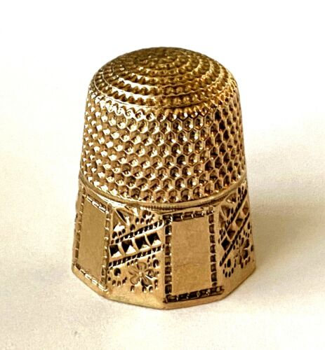 Antique Floral Detailed 9K Solid Yellow Gold Sewing Thimble Anchor UK Hallmark