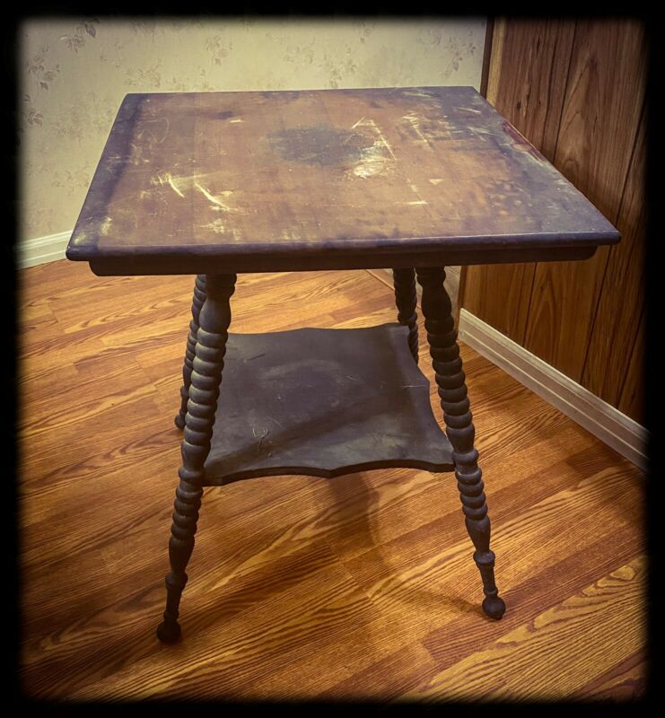 Antique Early 1900's Parlor Table